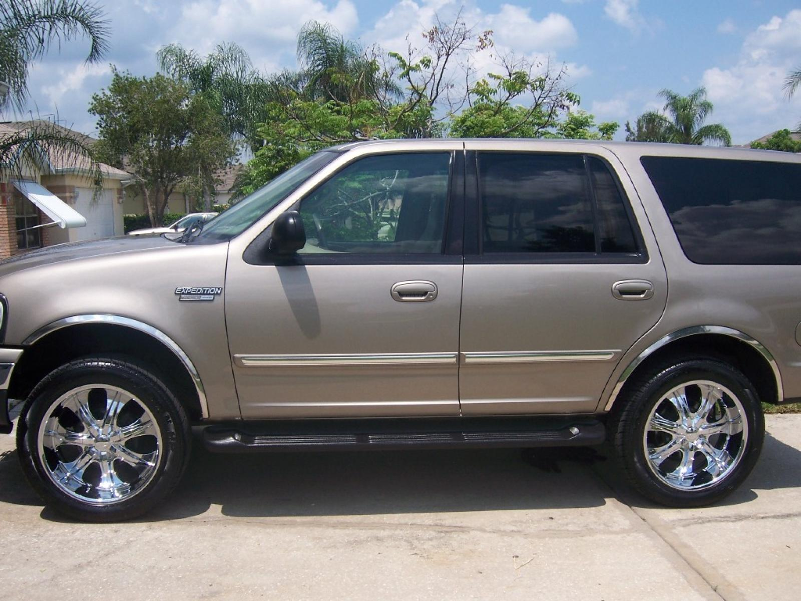 2001 ford expedition 7
