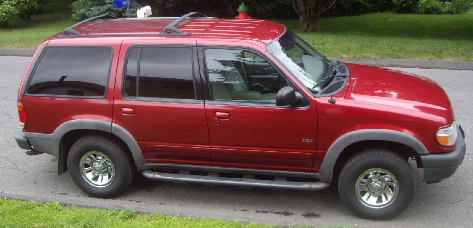 2001 ford explorer information and photos zombiedrive. Black Bedroom Furniture Sets. Home Design Ideas