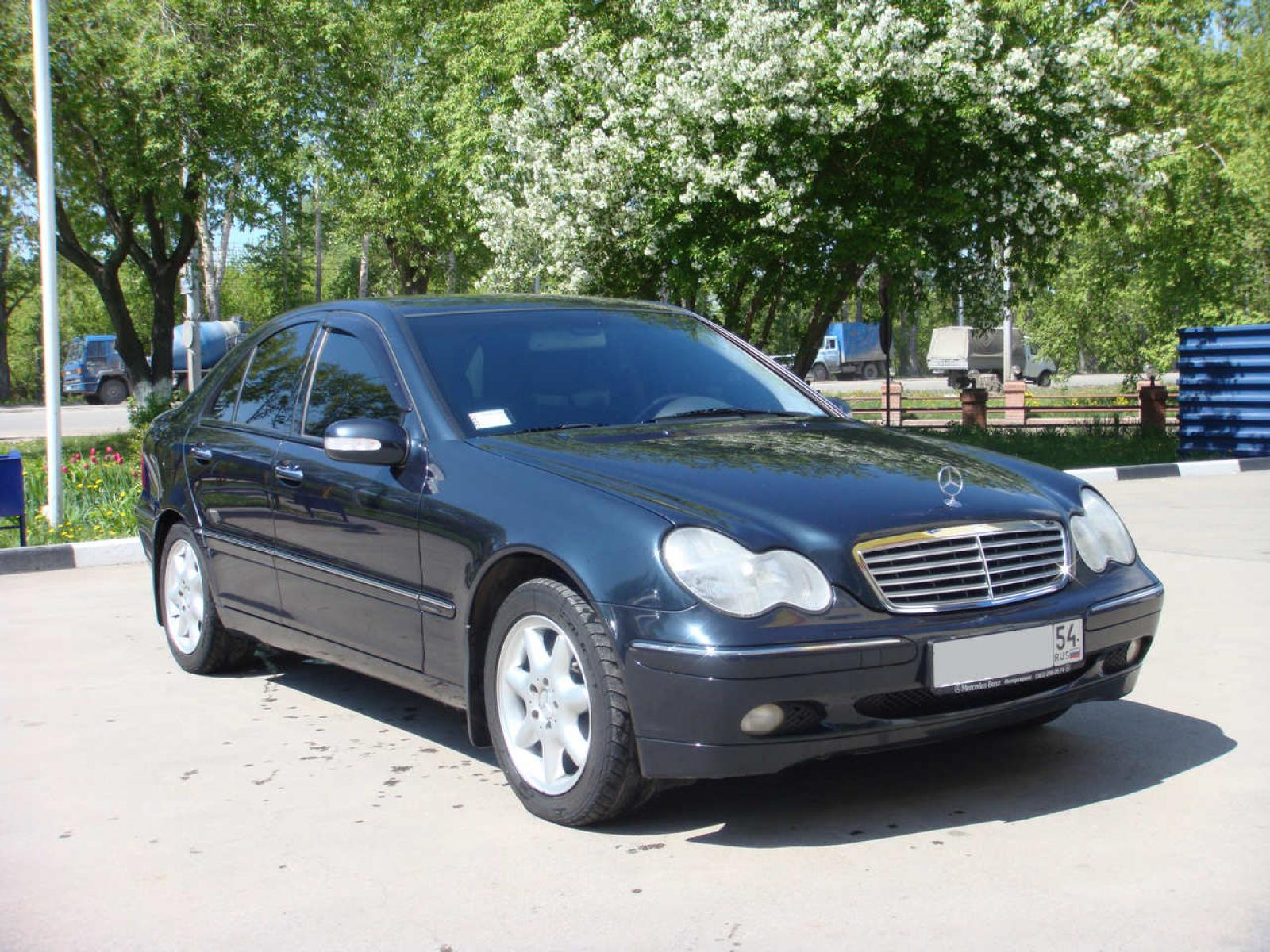 2001 mercedes benz c class information and photos zomb. Black Bedroom Furniture Sets. Home Design Ideas
