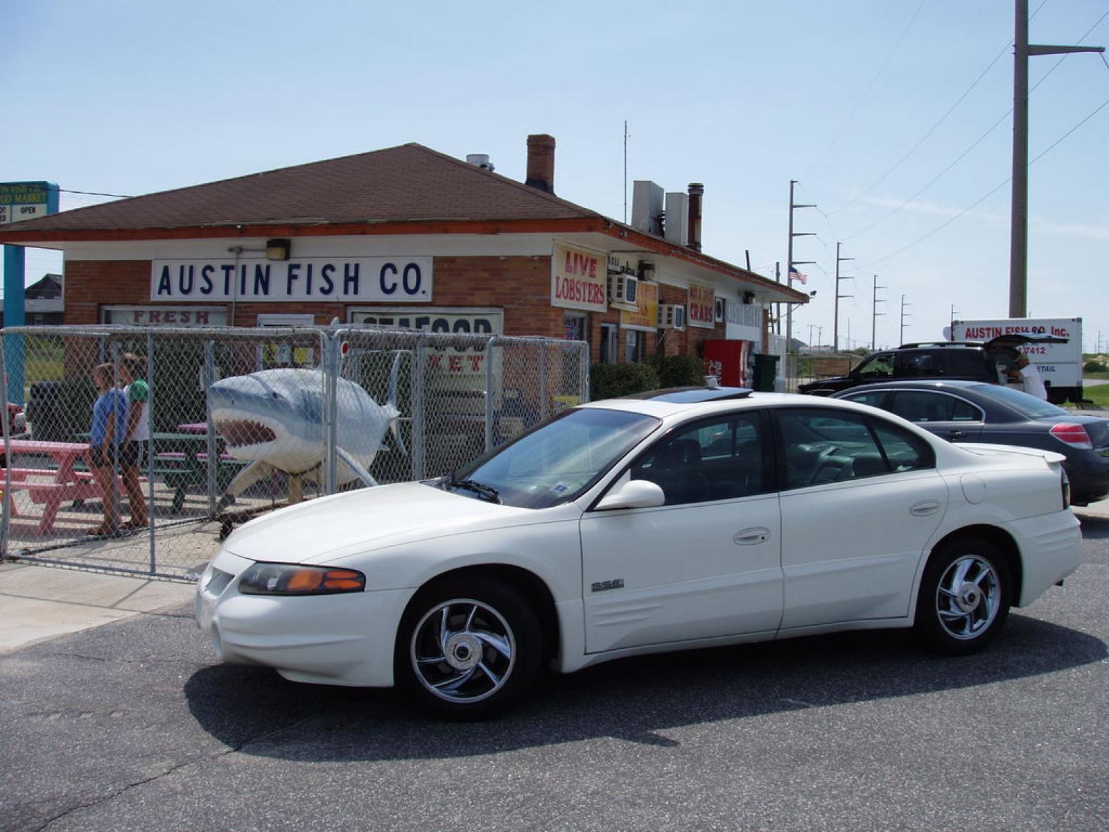 2001 Pontiac Bonneville 1600px Image 22