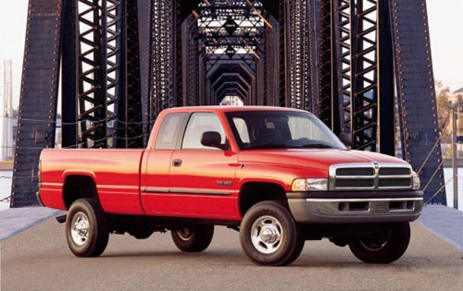 2001 Dodge Ram Pickup 2500 #1