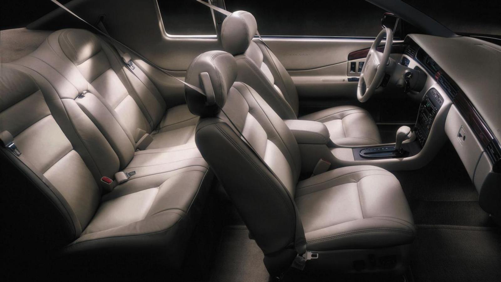 Cadillac eldorado 2002 interior