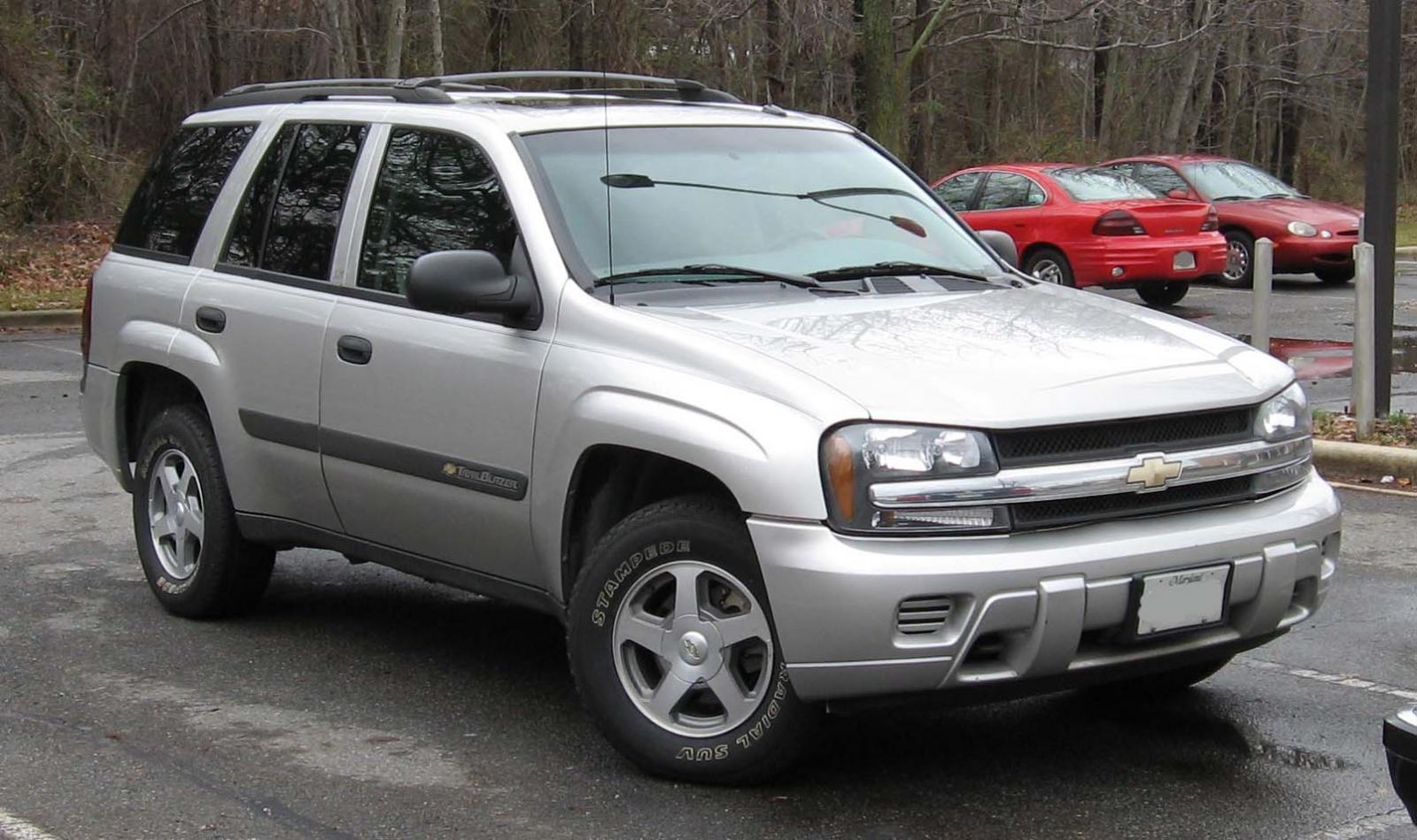 2002 Chevrolet TrailBlazer - Information and photos - Zomb ...