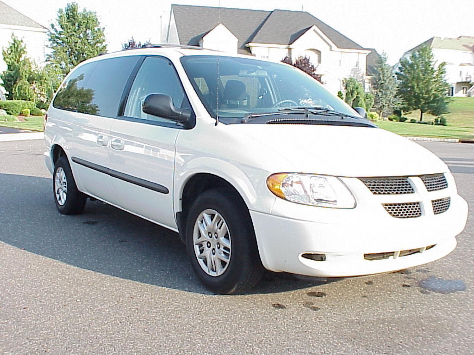2002 Dodge Caravan #1 800 1024 1280 1600 origin