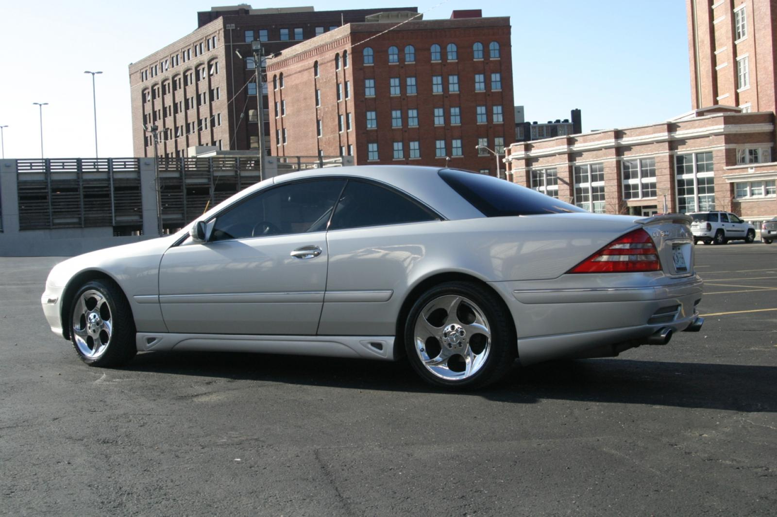2002 mercedes benz cl class information and photos for Mercedes benz 2002