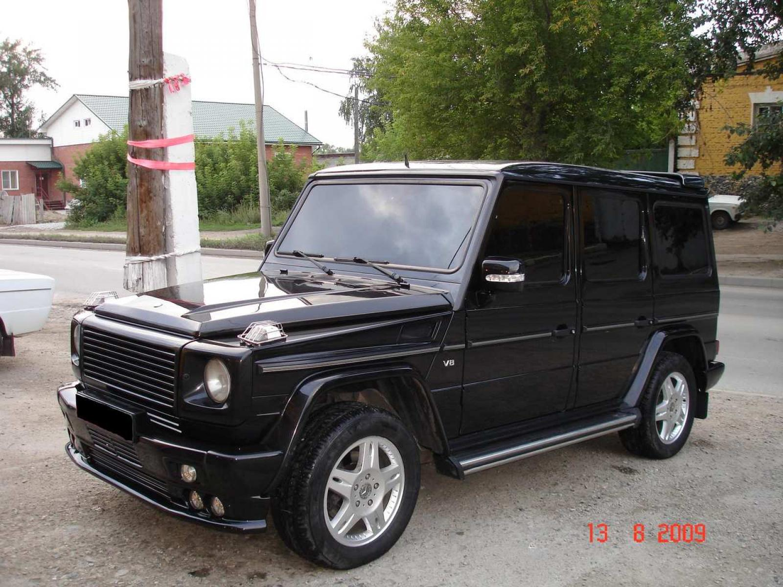 2002 mercedes benz g class information and photos for Mercedes benz g class used 2003