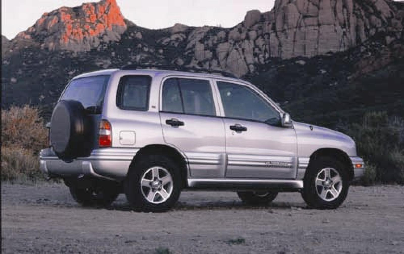 2004 Chevrolet Tracker Fuse Box Diagram