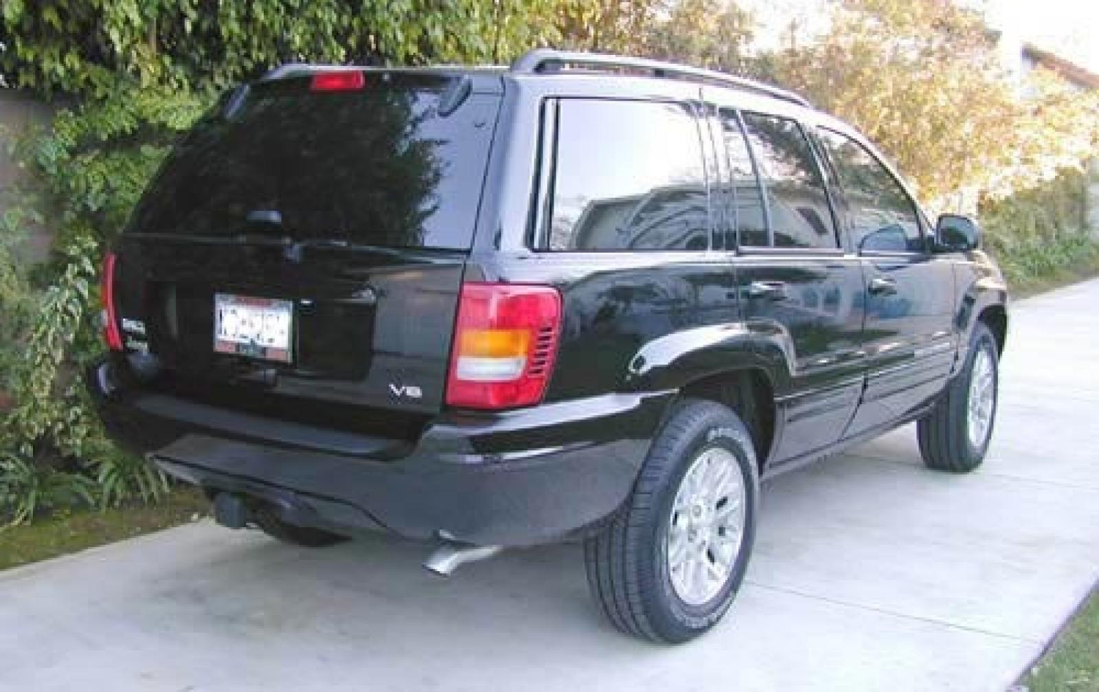 2004 jeep grand cherokee information and photos. Black Bedroom Furniture Sets. Home Design Ideas