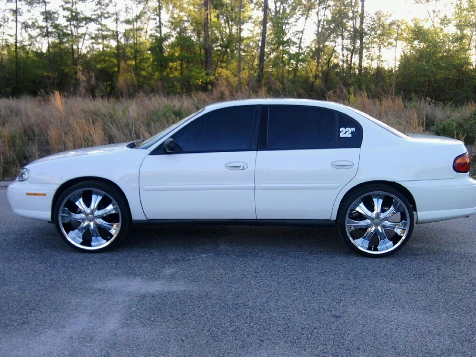 2003 Chevrolet Malibu 8