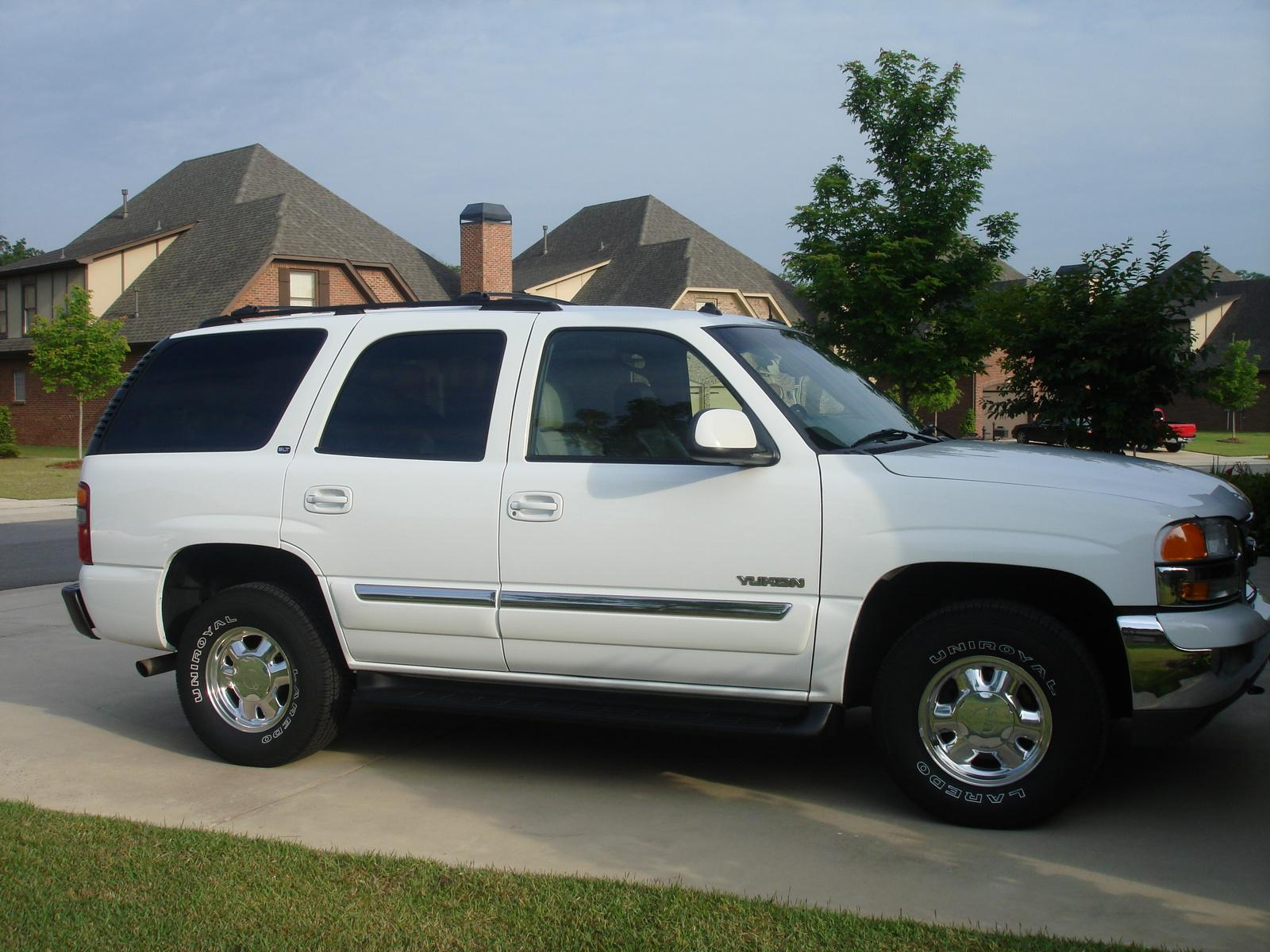 2003 gmc yukon information and photos zombiedrive. Black Bedroom Furniture Sets. Home Design Ideas