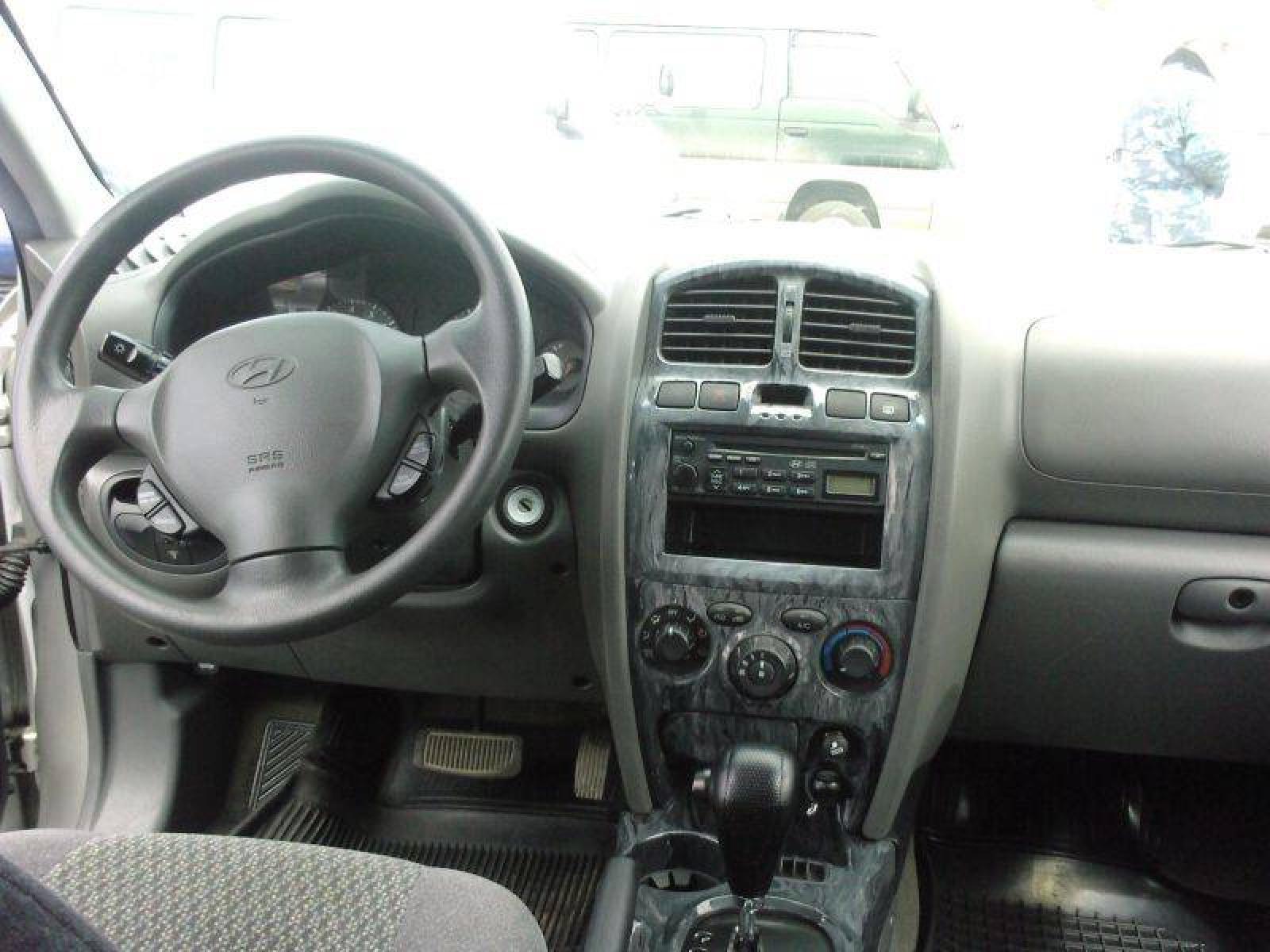 2003 Hyundai Santa Fe 2 800 1024 1280 1600 Origin