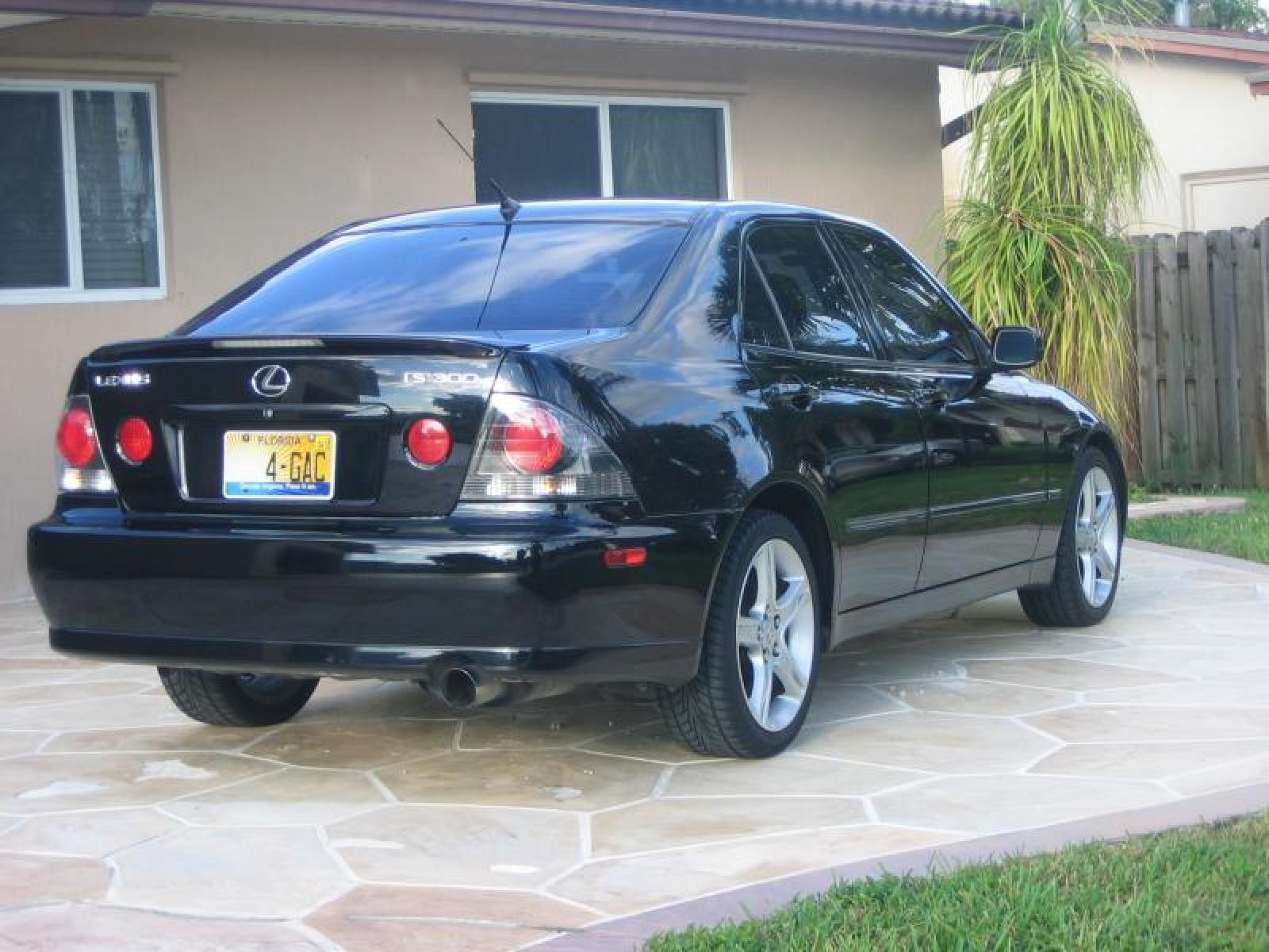 800 1024 1280 1600 Origin 2003 Lexus IS 300 ...
