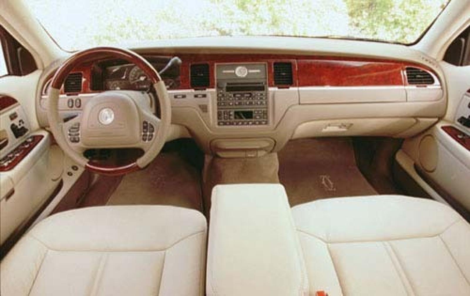 800 1024 1280 1600 origin 2003 lincoln town car