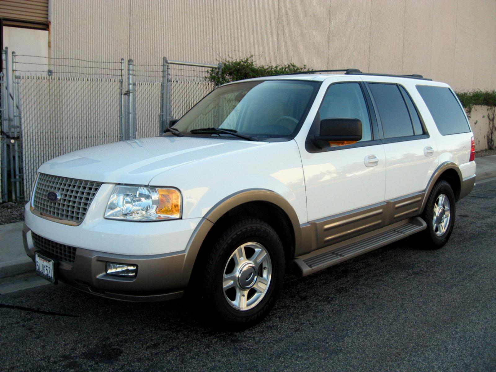 2004 Ford Expedition Information And Photos Zombiedrive