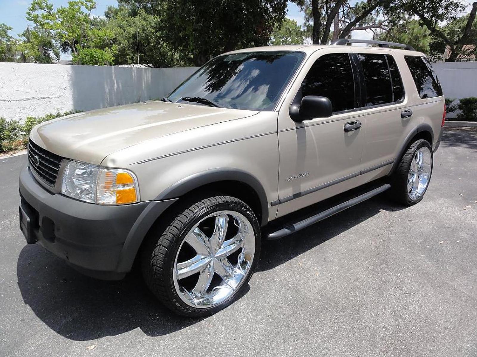 2004 ford explorer 8