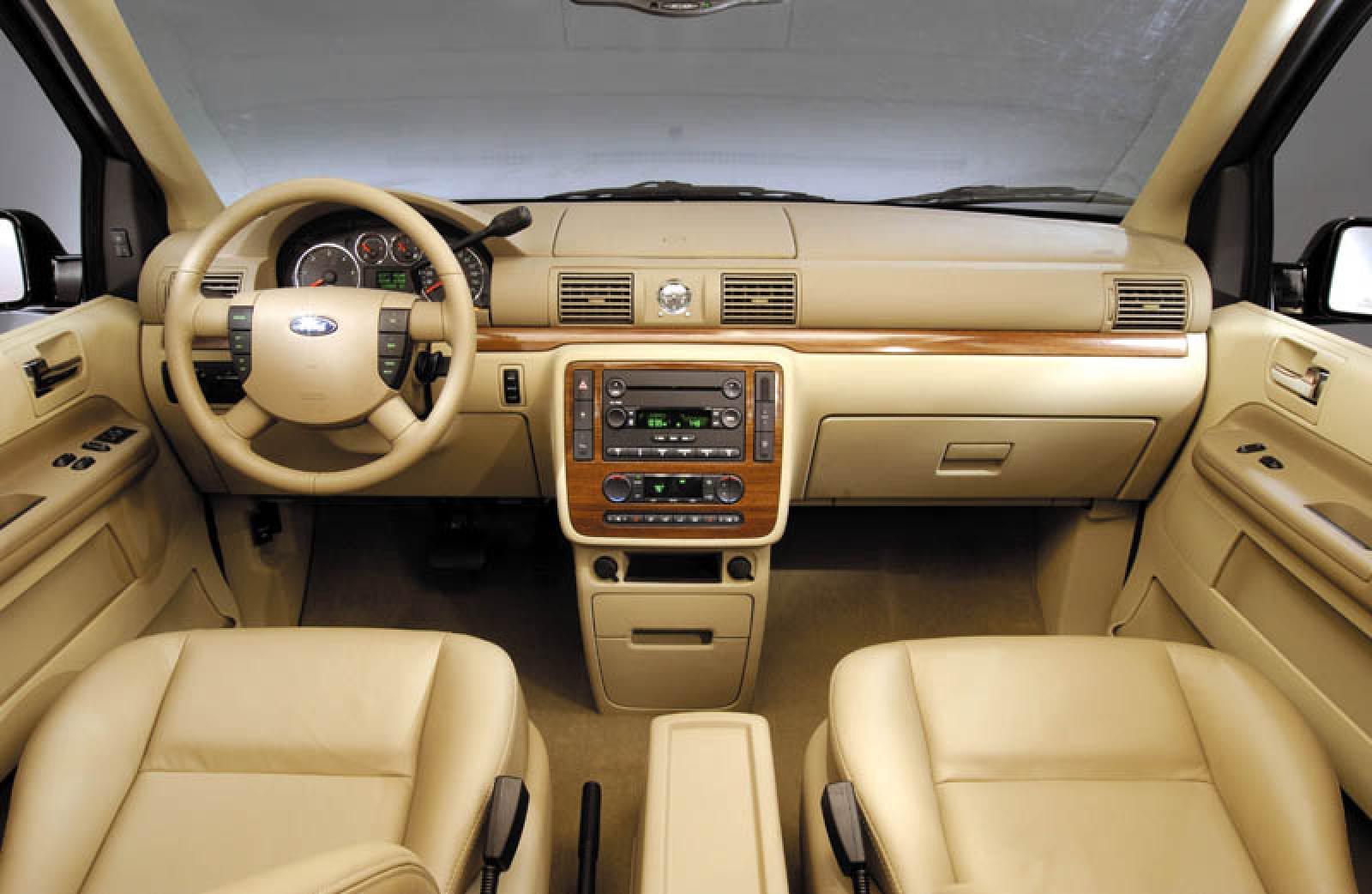 2004 ford freestar 3