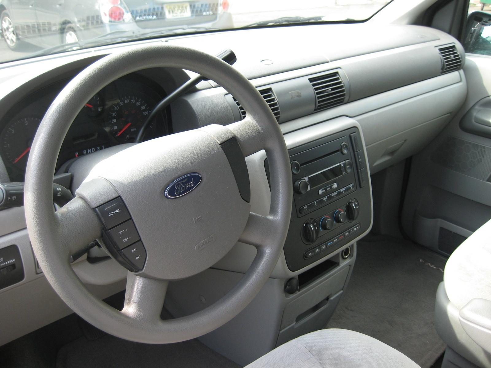 2004 ford freestar 5
