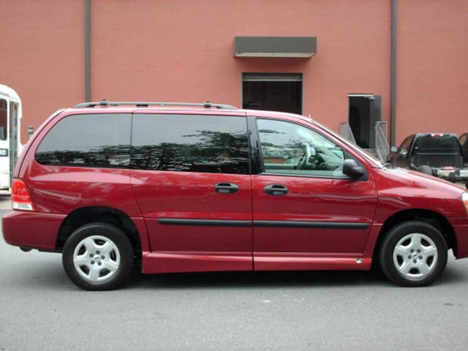 2004 ford freestar 4