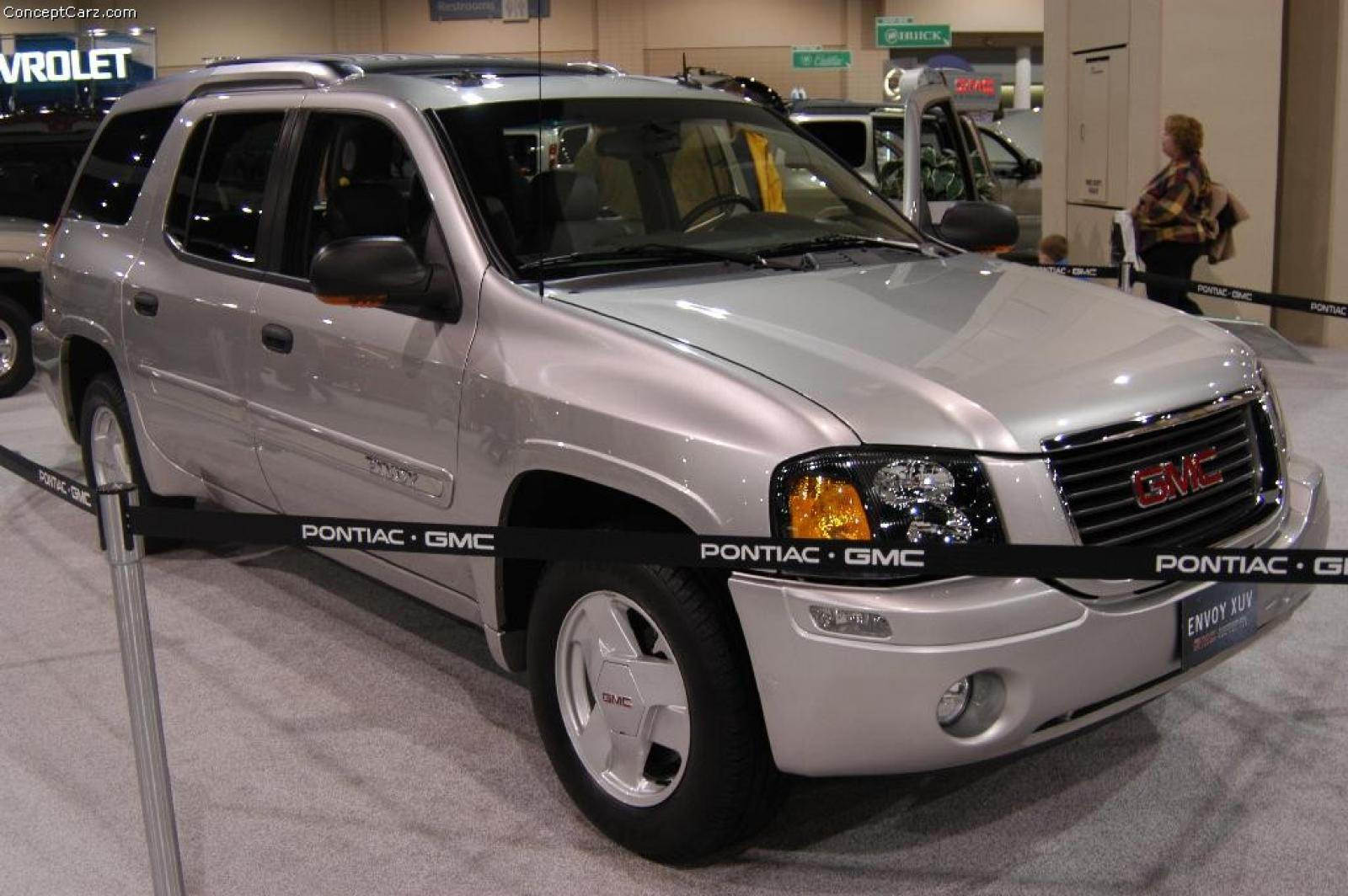 2004 gmc envoy xuv information and photos zombiedrive. Black Bedroom Furniture Sets. Home Design Ideas