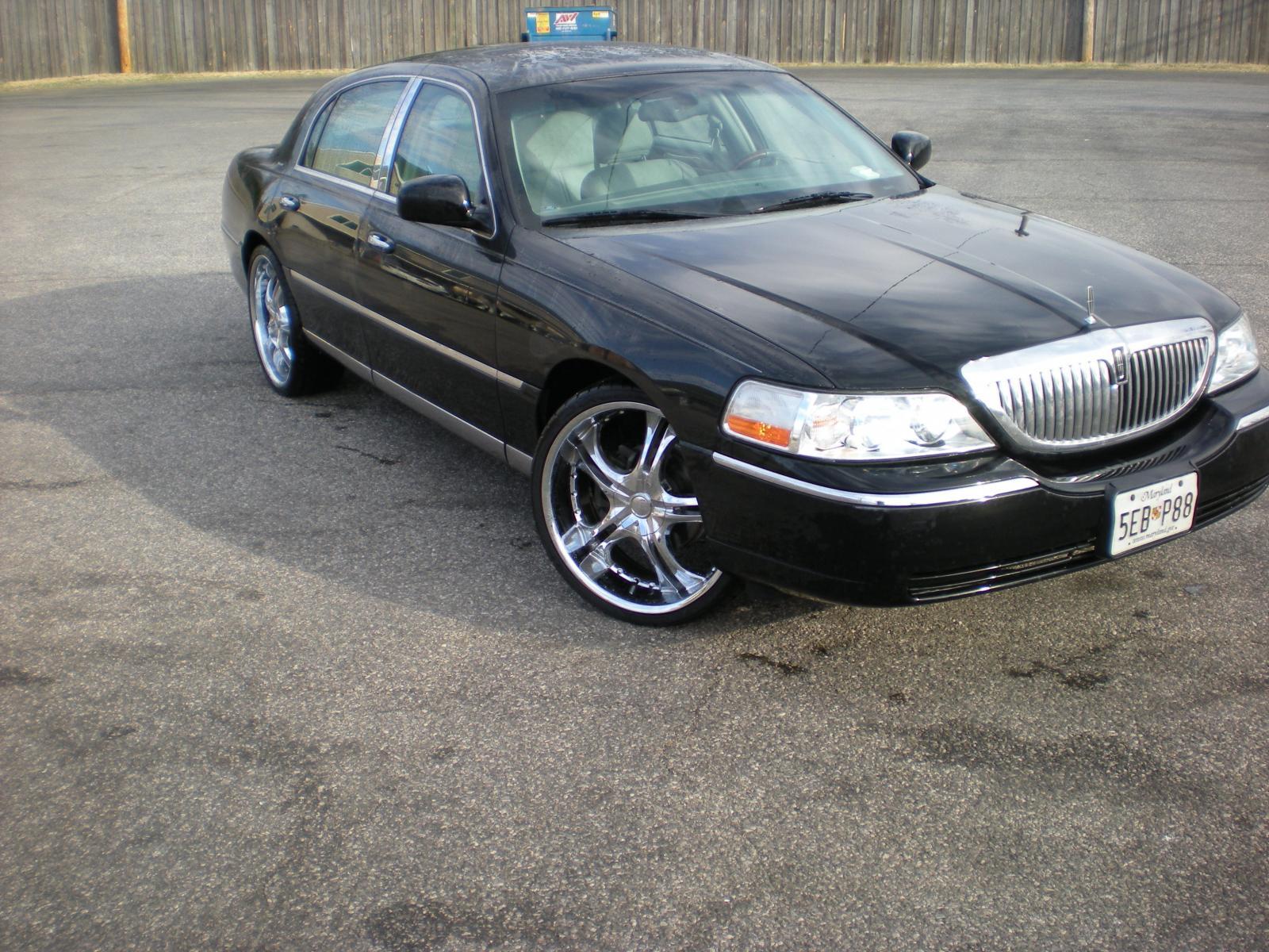 2004 Lincoln Town Car 7 800 1024 1280 1600 Origin