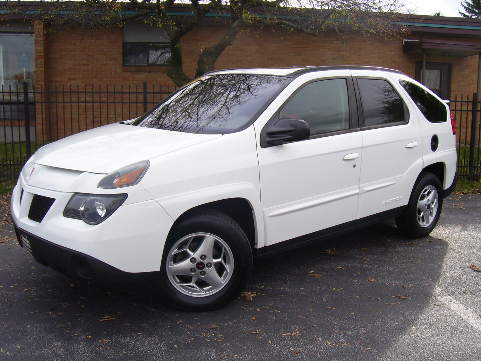2004 pontiac aztek information and photos zombiedrive. Black Bedroom Furniture Sets. Home Design Ideas