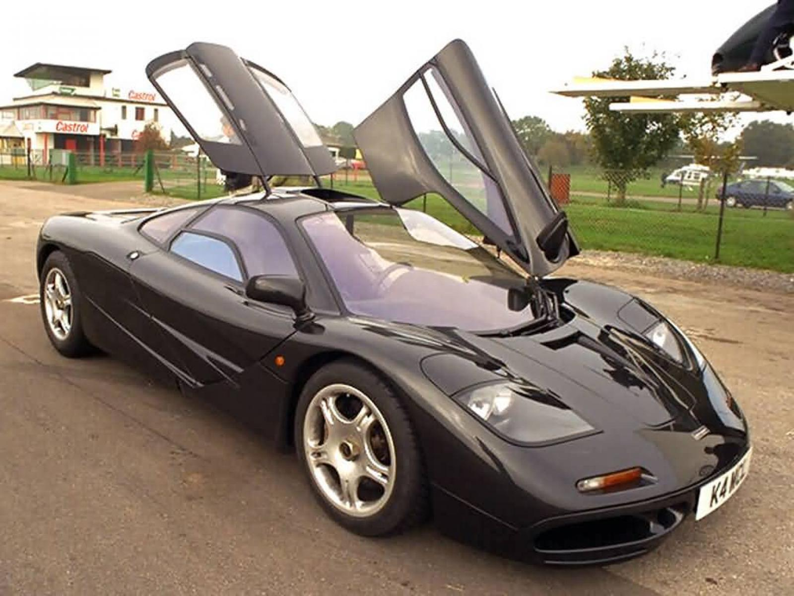 2004 toyota mr2 spyder information and photos zombiedrive. Black Bedroom Furniture Sets. Home Design Ideas