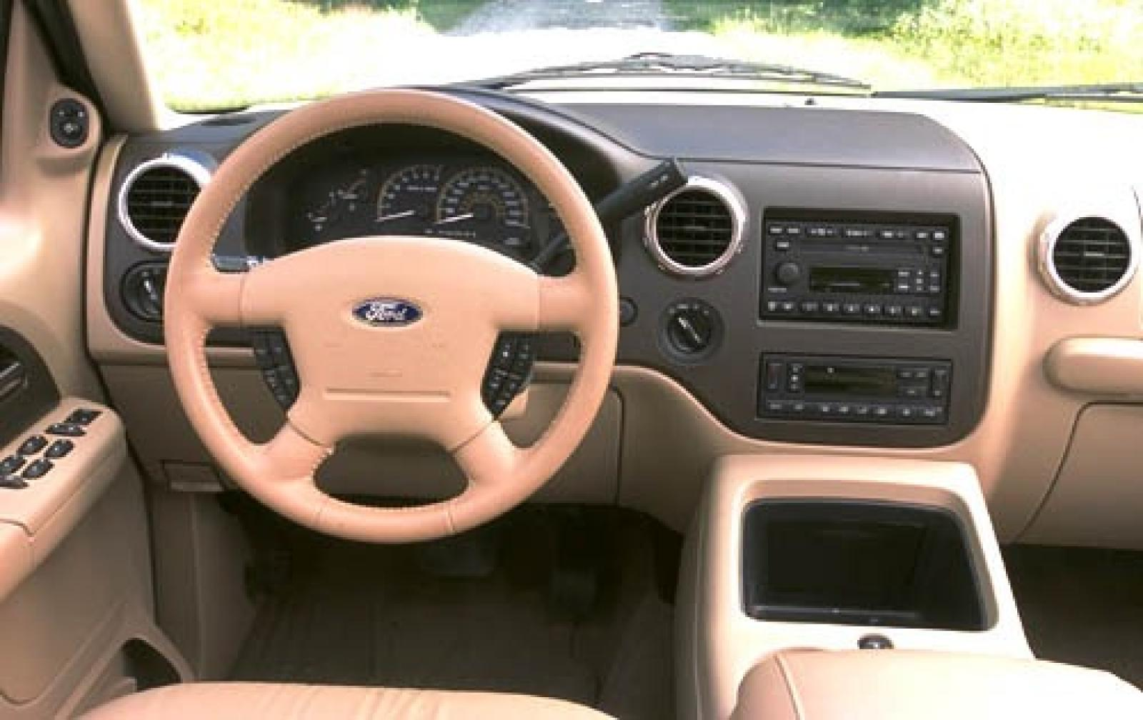 2005 Ford Expedition Information And Photos Zombiedrive 2004 King Ranch 800 1024 1280 1600 Origin