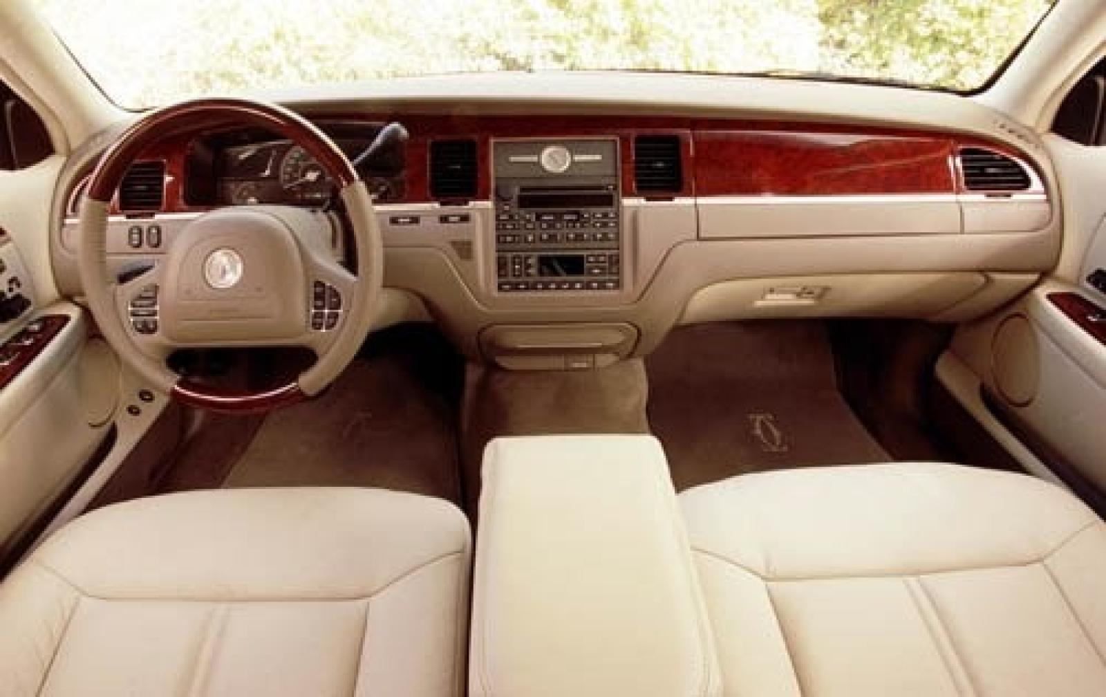 2004 lincoln town car 4 6 exterior 8 800 1024 1280 1600 origin