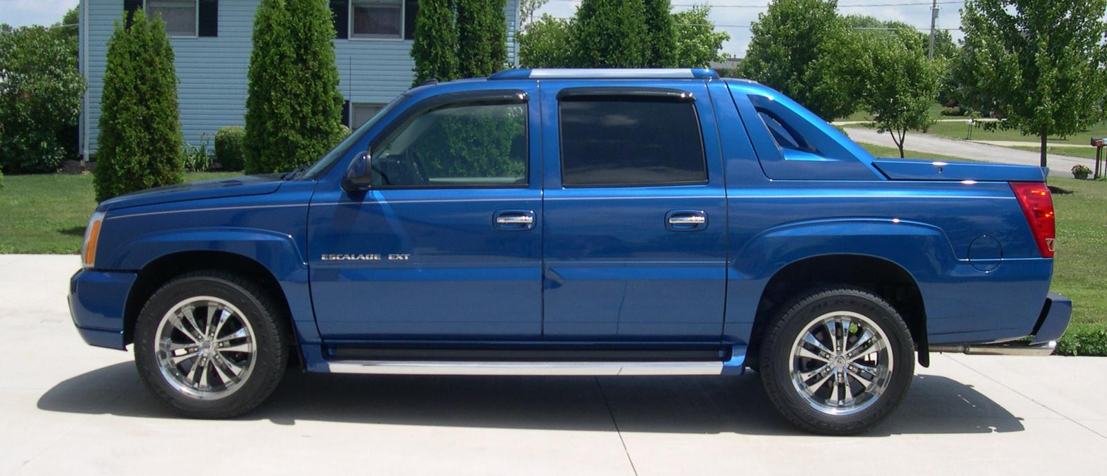 2005 cadillac escalade ext information and photos zombiedrive. Cars Review. Best American Auto & Cars Review