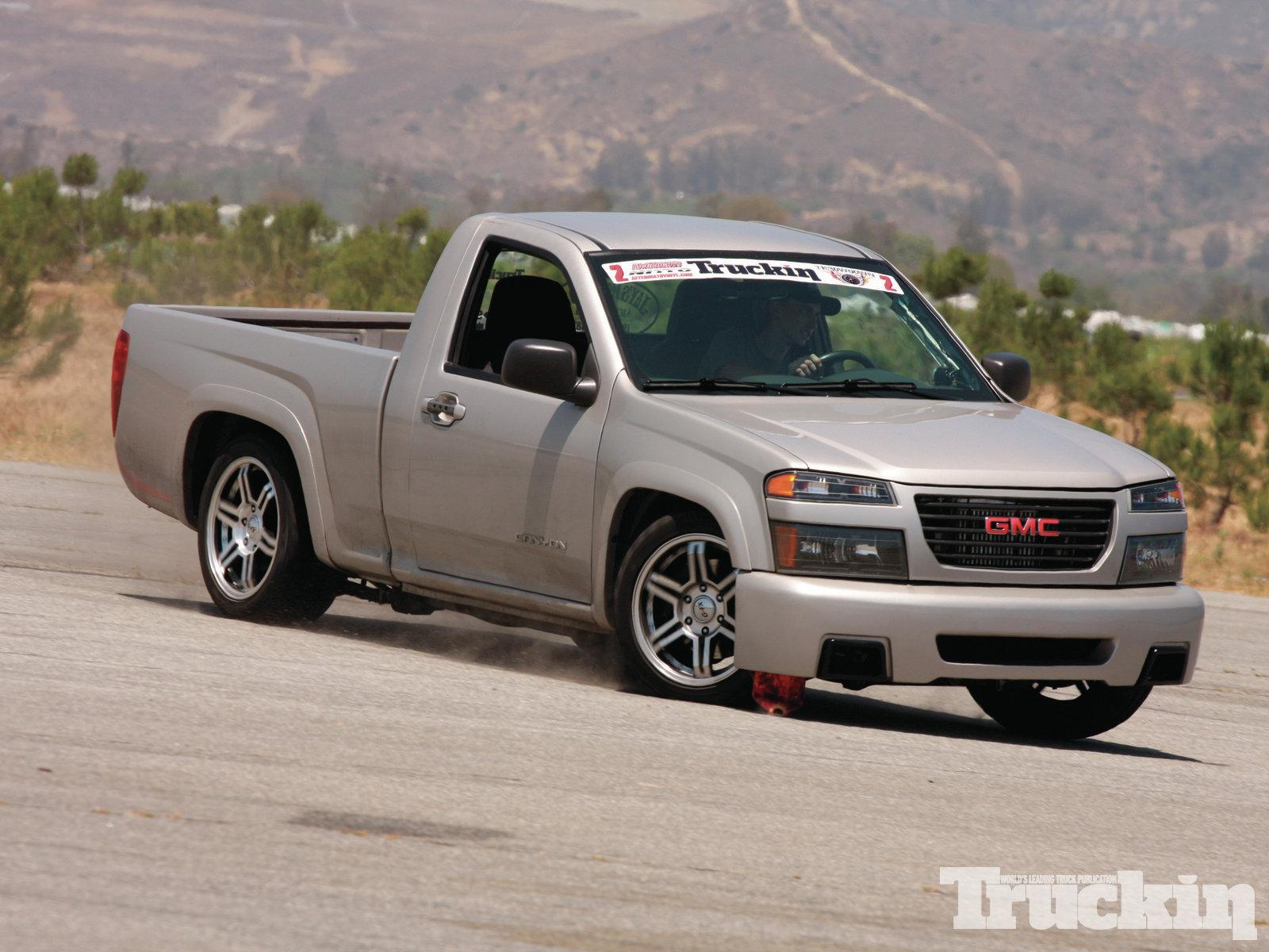 2005 GMC Canyon - Information and photos - Zomb Drive