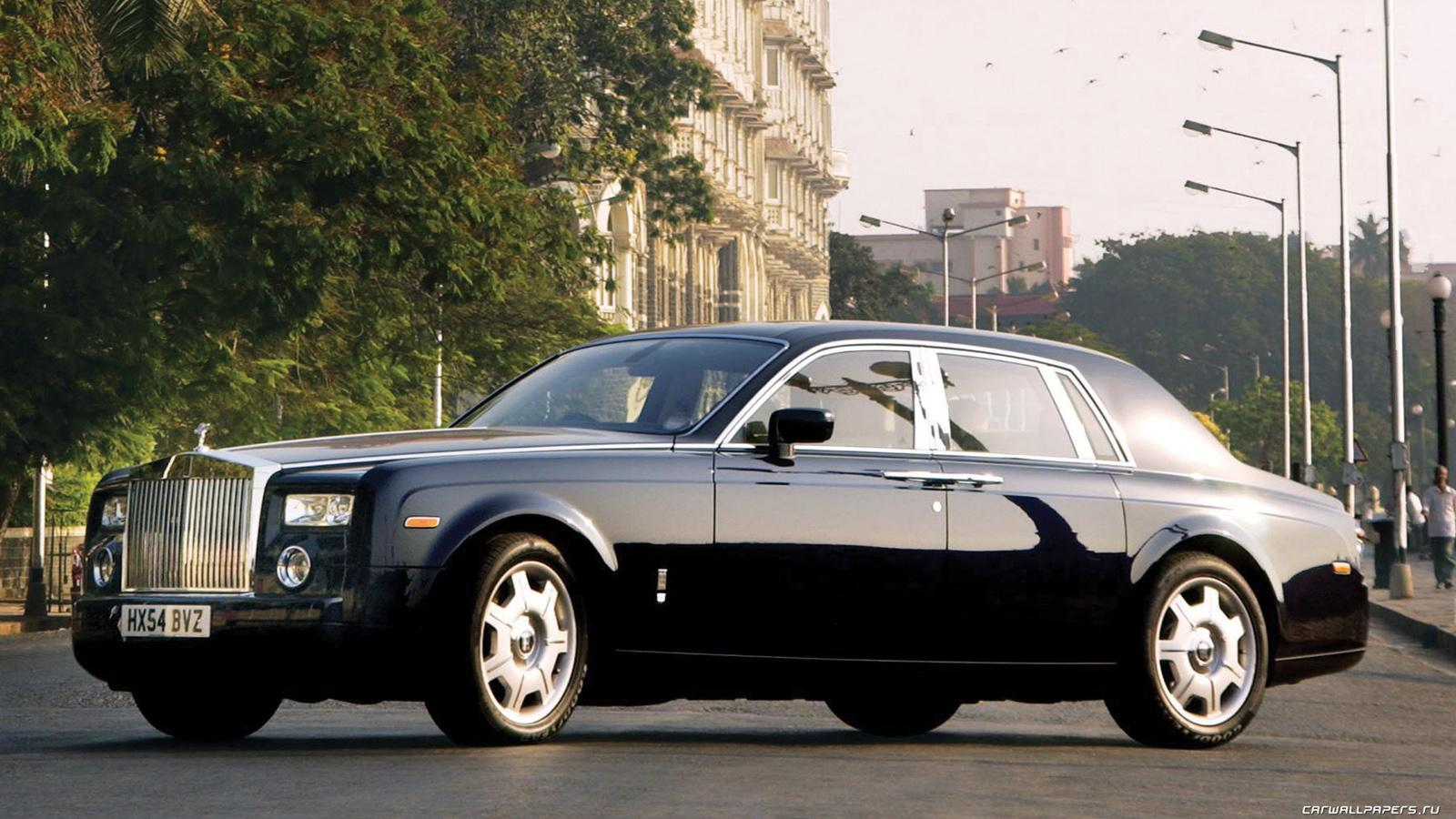 2005 rolls royce phantom information and photos zombiedrive. Black Bedroom Furniture Sets. Home Design Ideas