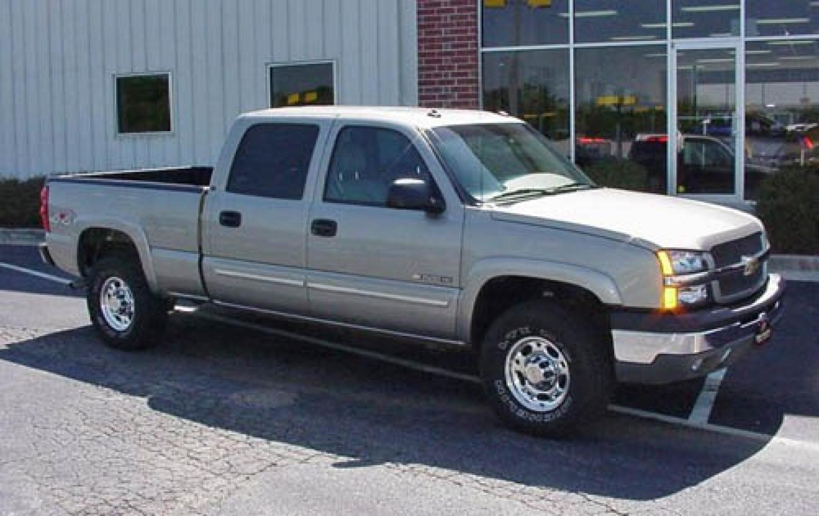 2006 chevrolet silverado 3500 information and photos. Black Bedroom Furniture Sets. Home Design Ideas