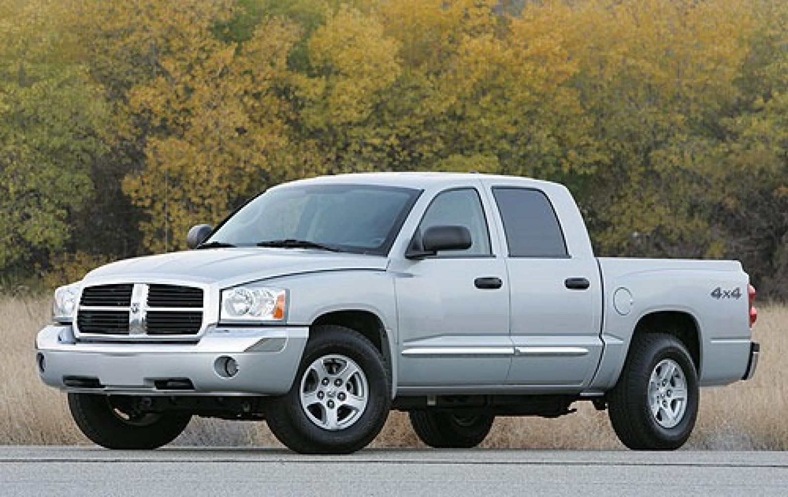 2005 dodge dakota information and photos zombiedrive. Black Bedroom Furniture Sets. Home Design Ideas