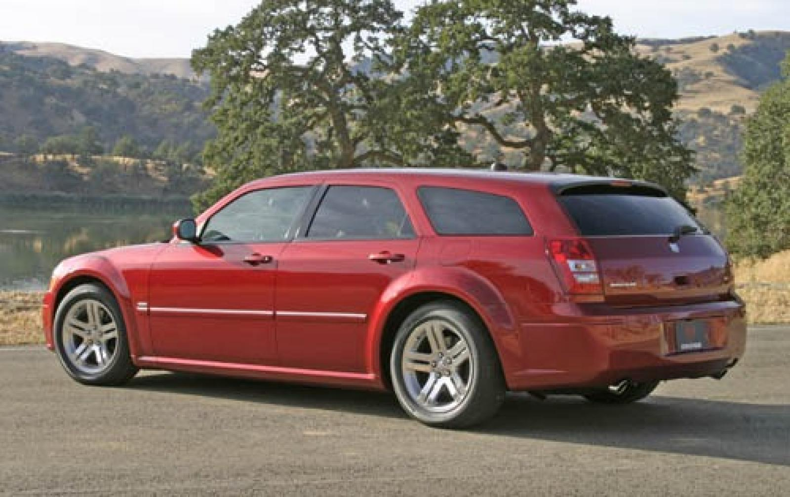 2006 dodge magnum information and photos zombiedrive. Black Bedroom Furniture Sets. Home Design Ideas