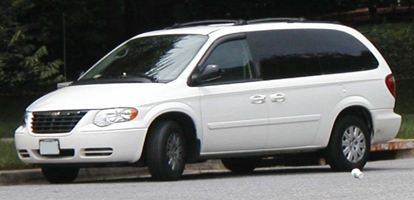 2006 chrysler town and country information and photos. Black Bedroom Furniture Sets. Home Design Ideas