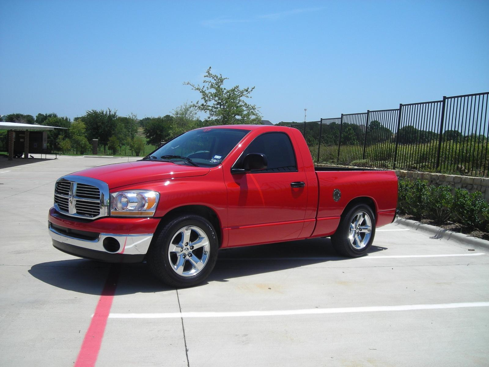 2006 dodge ram pickup 1500 information and photos zombiedrive. Black Bedroom Furniture Sets. Home Design Ideas