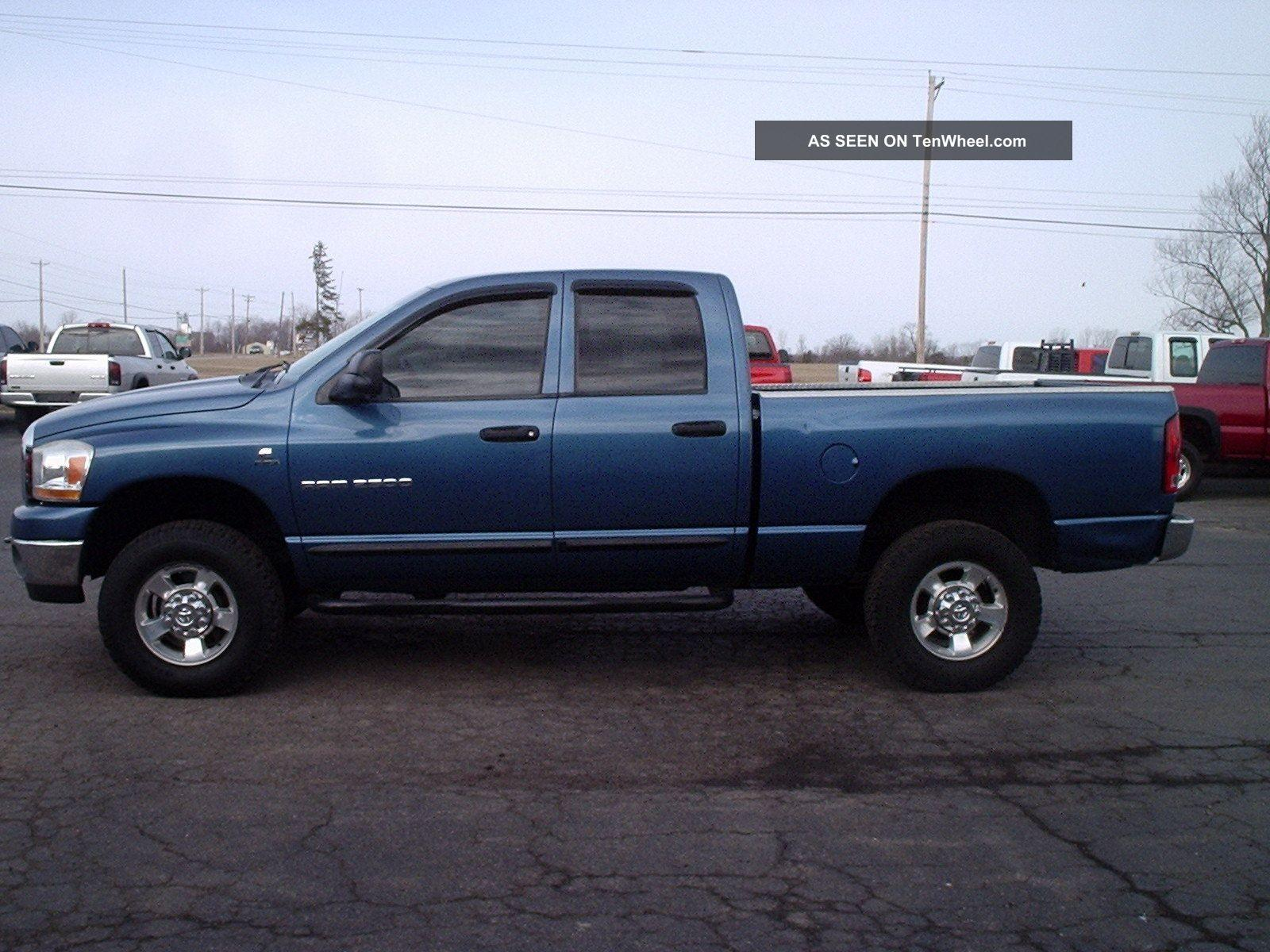 2006 dodge ram pickup 2500 information and photos zombiedrive. Black Bedroom Furniture Sets. Home Design Ideas