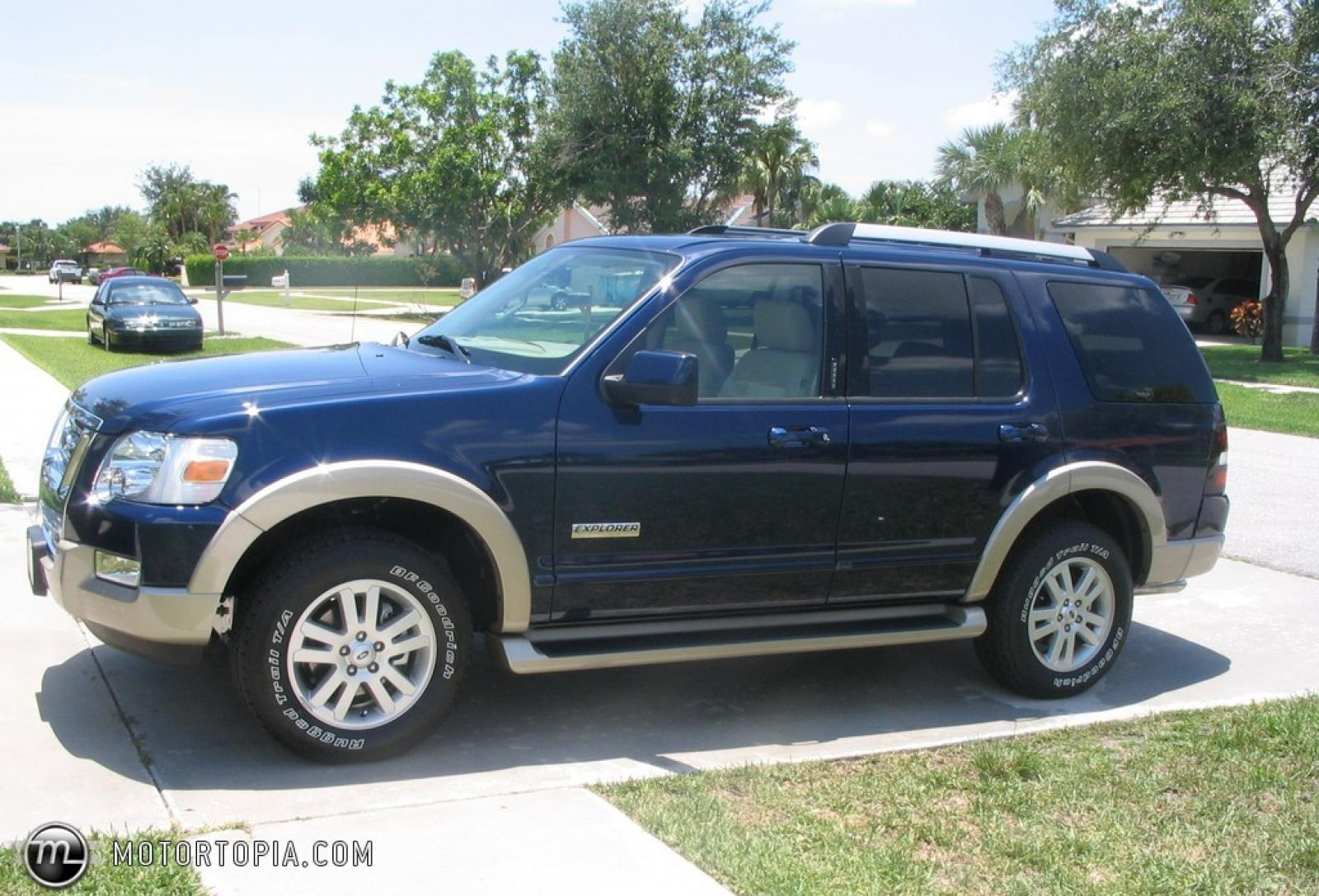 2006 ford explorer information and photos zombiedrive. Black Bedroom Furniture Sets. Home Design Ideas
