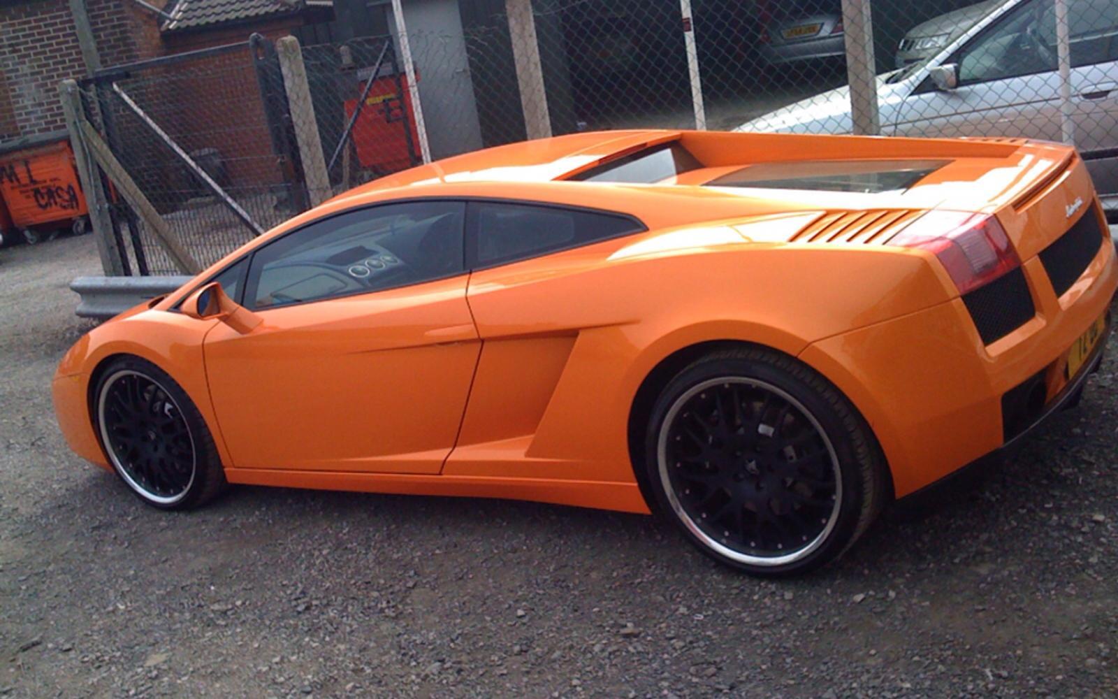 Elegant 2006 Lamborghini Gallardo #11