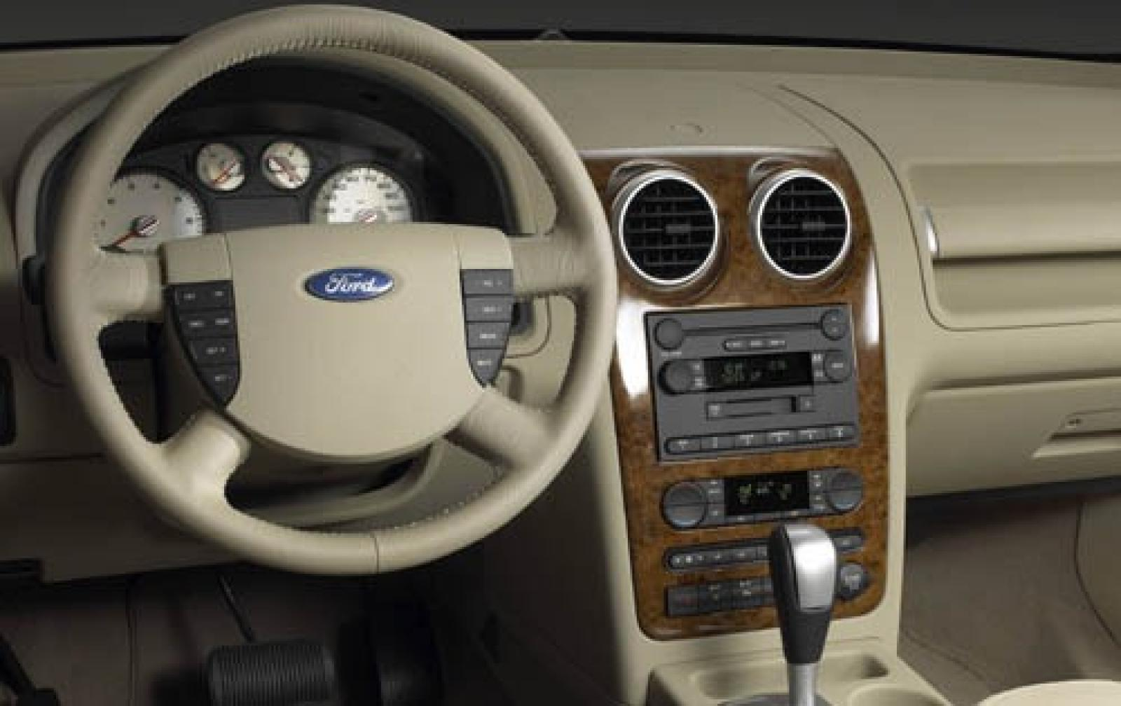 2006 Ford Freestyle Information And Photos Zombiedrive