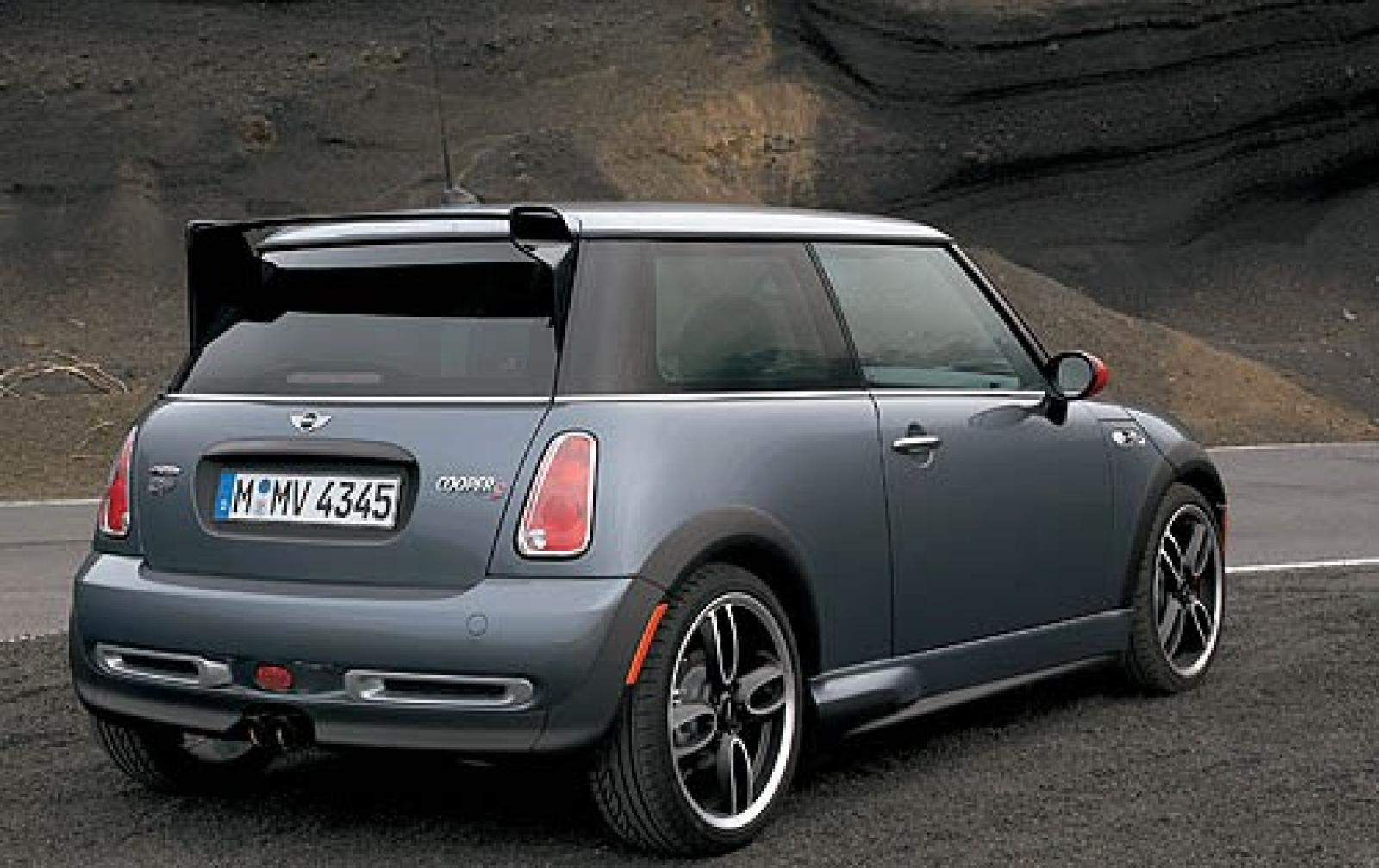 2006 mini cooper information and photos zombiedrive. Black Bedroom Furniture Sets. Home Design Ideas