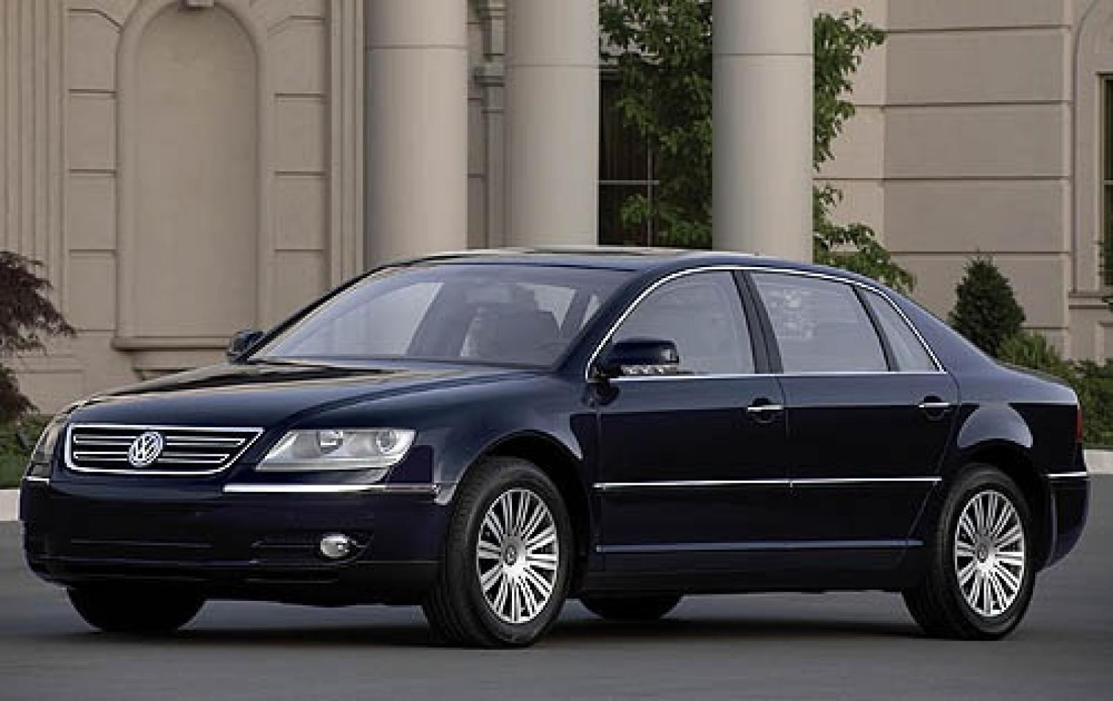 2006 volkswagen phaeton information and photos zombiedrive. Black Bedroom Furniture Sets. Home Design Ideas