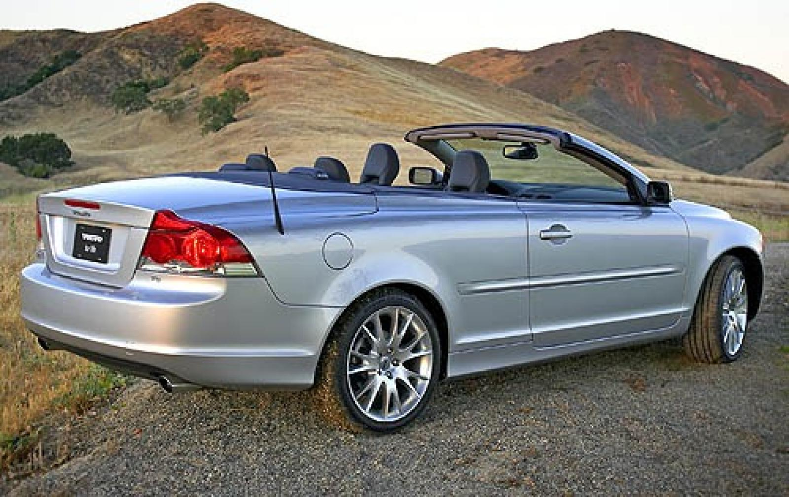 2006 volvo c70 information and photos zombiedrive. Black Bedroom Furniture Sets. Home Design Ideas