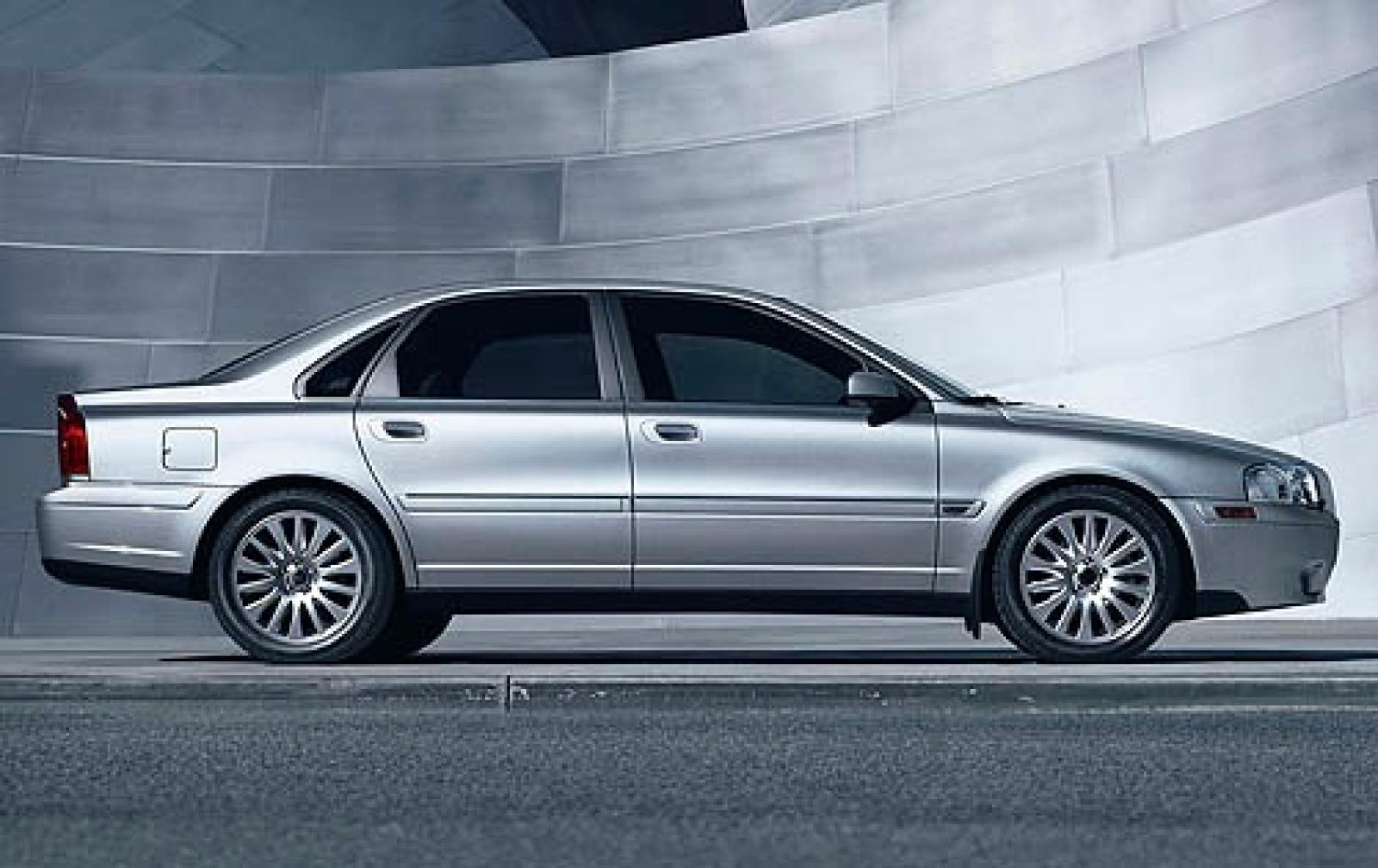 2006 Volvo S80 - Information and photos - ZombieDrive