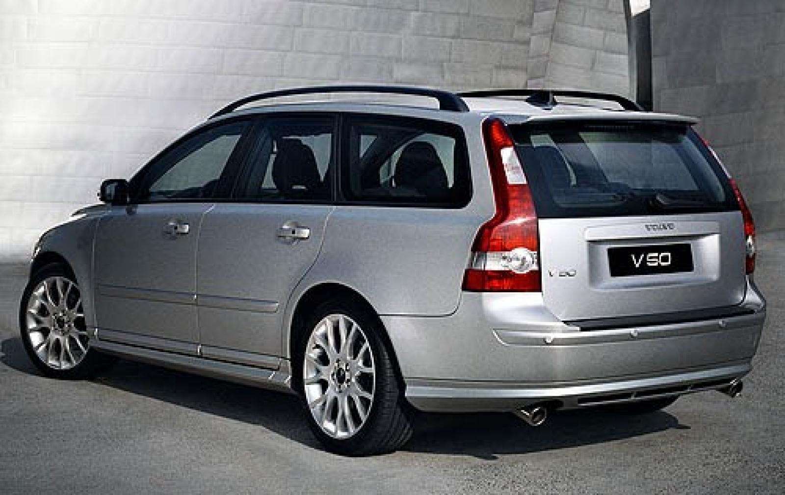2006 volvo v50 information and photos zombiedrive. Black Bedroom Furniture Sets. Home Design Ideas