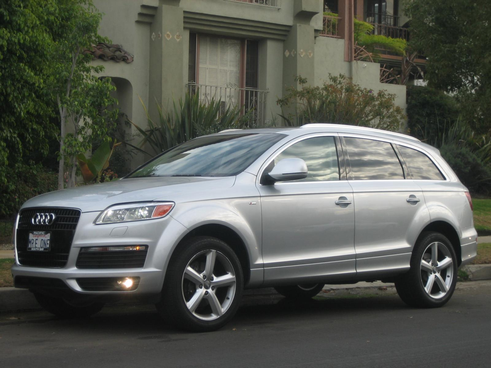 2007 audi q7 information and photos zombiedrive. Black Bedroom Furniture Sets. Home Design Ideas