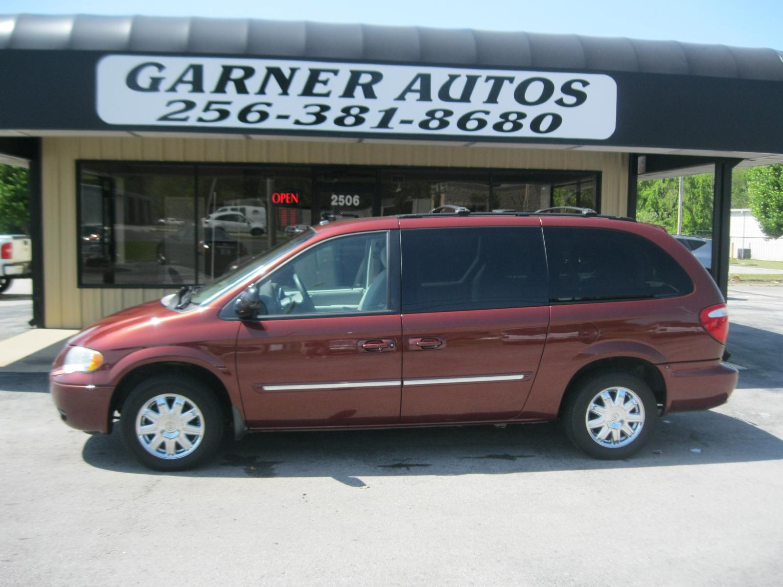 2007 chrysler town and country information and photos zombiedrive. Cars Review. Best American Auto & Cars Review