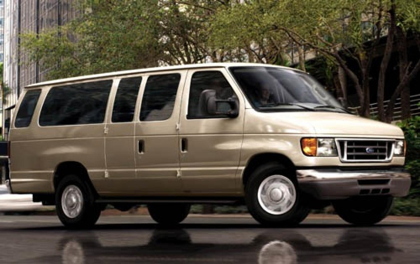 2007 ford econoline wagon information and photos zombiedrive. Black Bedroom Furniture Sets. Home Design Ideas