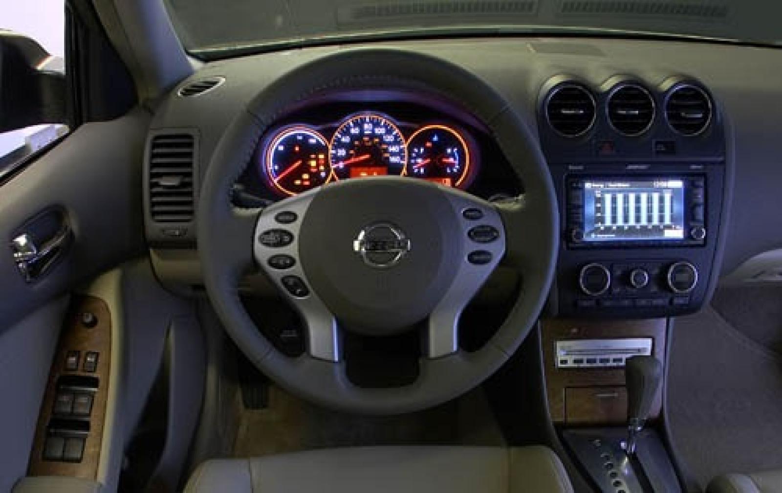 2007 Nissan Altima Hybrid Exterior 6 800 1024 1280 1600 Origin
