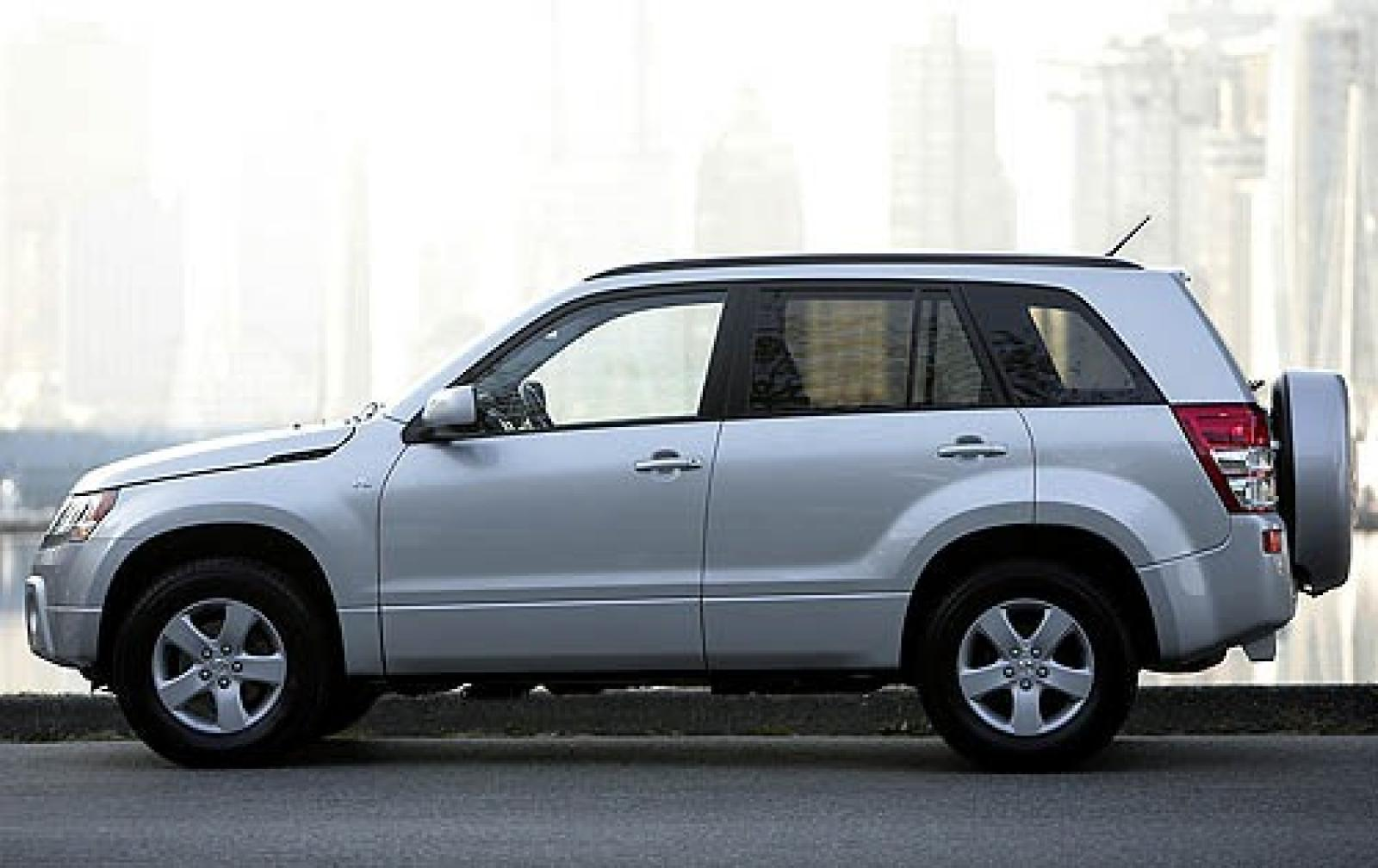 2007 suzuki grand vitara information and photos. Black Bedroom Furniture Sets. Home Design Ideas